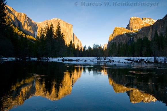Yosemite National Park: river reflections.